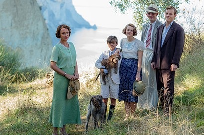 SID GENTLE PRODUCTIONS PRESENTS FOR ITV THE DURRELLS SERIES 2 EPISODE 1 Pictured: CALLUM WOODHOUSE as Leslie, JOSH O'CONNOR as Larry, DAISY WATERSTONE as Margo, MILO PARKER as Gerry and KEELEY HAWES as Louisa. This photograph is (C) SID GENTLE PRODUCTIONS/iTV and can only be reproduced for editorial purposes directly in connection with the programme or event mentioned above. Once made available by ITV plc Picture Desk, this photograph can be reproduced once only up until the transmission [TX] date and no reproduction fee will be charged. Any subsequent usage may incur a fee. This photograph must not be manipulated [excluding basic cropping] in a manner which alters the visual appearance of the person photographed deemed detrimental or inappropriate by ITV plc Picture Desk. This photograph must not be syndicated to any other company, publication or website, or permanently archived, without the express written permission of ITV Plc Picture Desk. Full Terms and conditions are available on the website www.itvpictures.com For further information please contact: Patrick.smith@itv.com 0207 1573044
